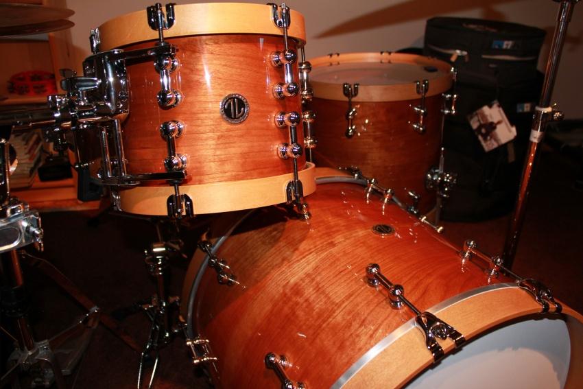 Solid steam bent cherry drum kit 02